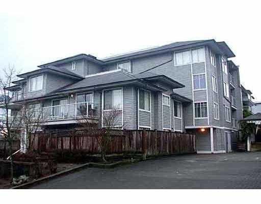 "Main Photo: 11671 FRASER Street in Maple Ridge: East Central Condo for sale in ""BELMAR TERRACE"" : MLS®# V640426"