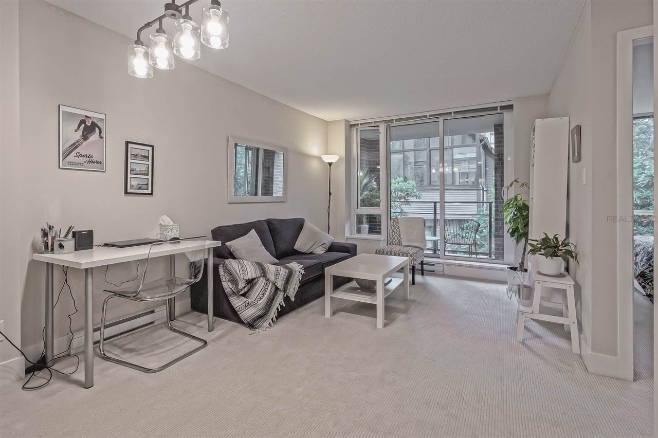 "Main Photo: 202 1088 RICHARDS Street in Vancouver: Yaletown Condo for sale in ""RICHARDS"" (Vancouver West)  : MLS®# R2403889"