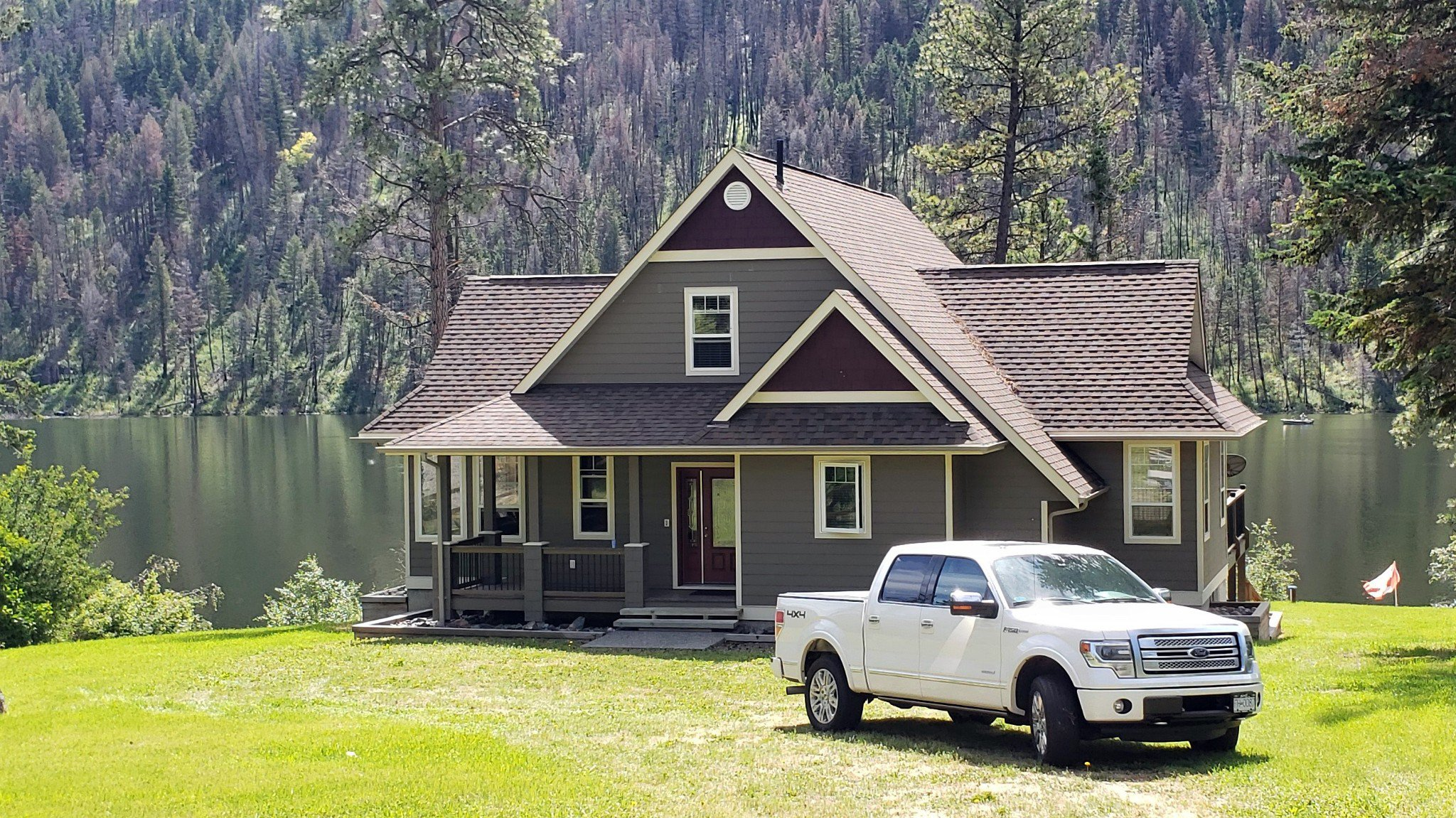 "Main Photo: 1942 LOON LAKE Road in No City Value: FVREB Out of Town House for sale in ""RAINBOW COUNTRY RESORT"" : MLS®# R2481008"