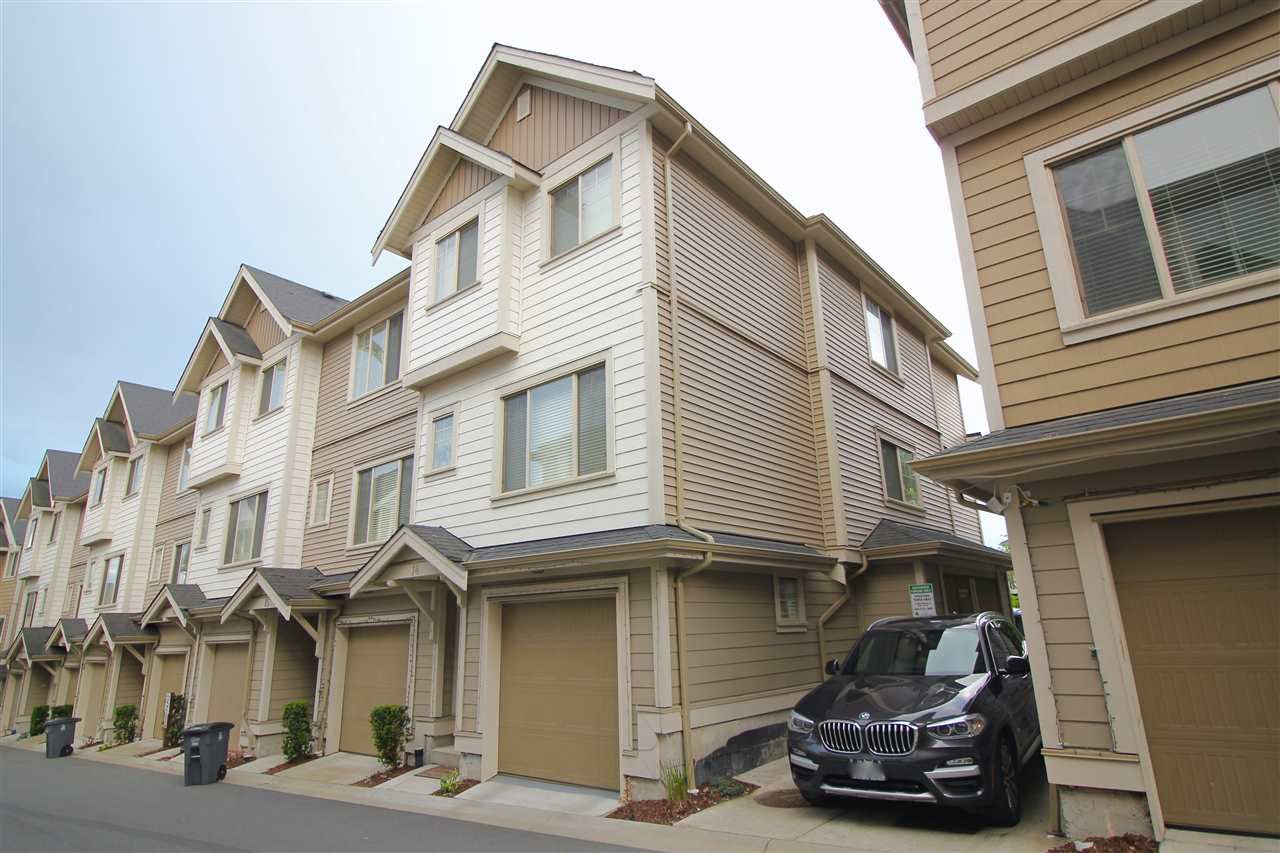"""Main Photo: 14 19097 64 Avenue in Surrey: Cloverdale BC Townhouse for sale in """"THE HEIGHTS"""" (Cloverdale)  : MLS®# R2494259"""