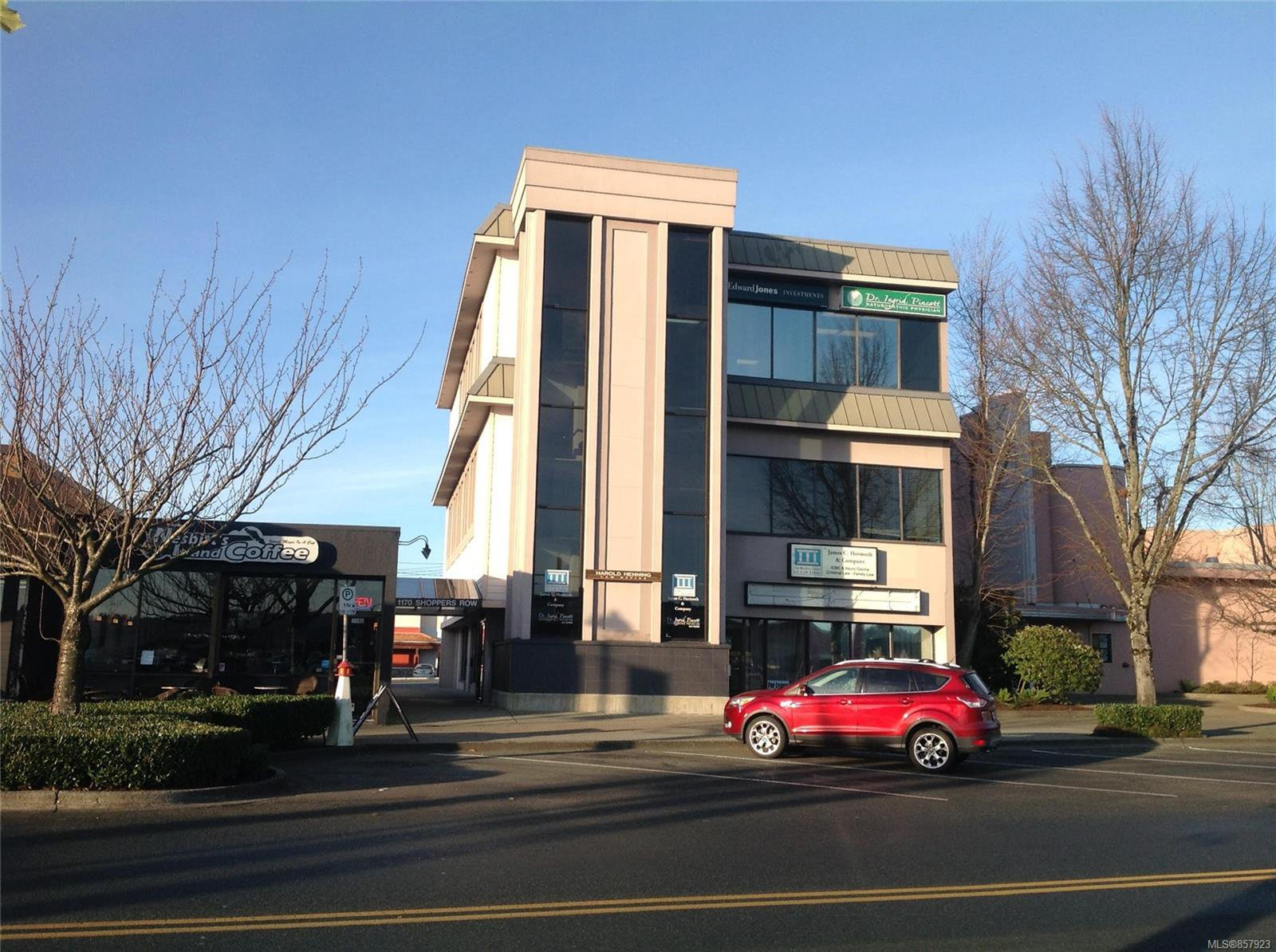 Main Photo: 200 1170 Shoppers Row in : CR Campbell River Central Office for lease (Campbell River)  : MLS®# 857923