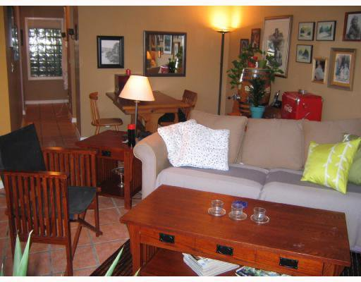"Main Photo: 101 1365 W 4TH Avenue in Vancouver: False Creek Condo for sale in ""GRANVILLE ISLAND VILLAGE"" (Vancouver West)  : MLS®# V656984"
