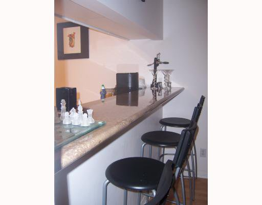 """Photo 4: Photos: 2 1386 W 6TH Avenue in Vancouver: Fairview VW Condo for sale in """"NOTTINGHAM"""" (Vancouver West)  : MLS®# V660226"""