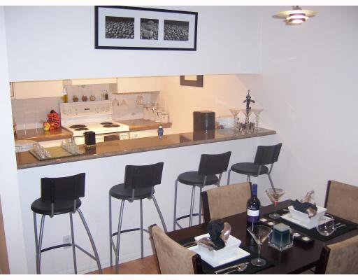 """Photo 5: Photos: 2 1386 W 6TH Avenue in Vancouver: Fairview VW Condo for sale in """"NOTTINGHAM"""" (Vancouver West)  : MLS®# V660226"""