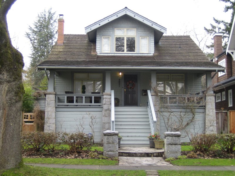 Main Photo: 3821 34th  Ave. W. in Vancouver: Dunbar House for sale (Vancouver West)  : MLS®# V627197