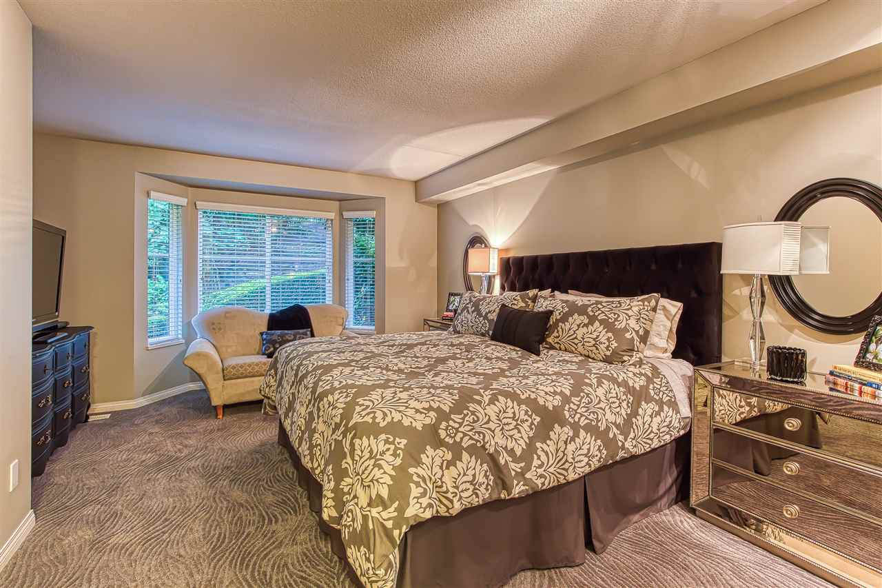 """Photo 13: Photos: 2 10505 171 Street in Surrey: Fraser Heights Townhouse for sale in """"NEWFIELD ESTATES"""" (North Surrey)  : MLS®# R2402573"""