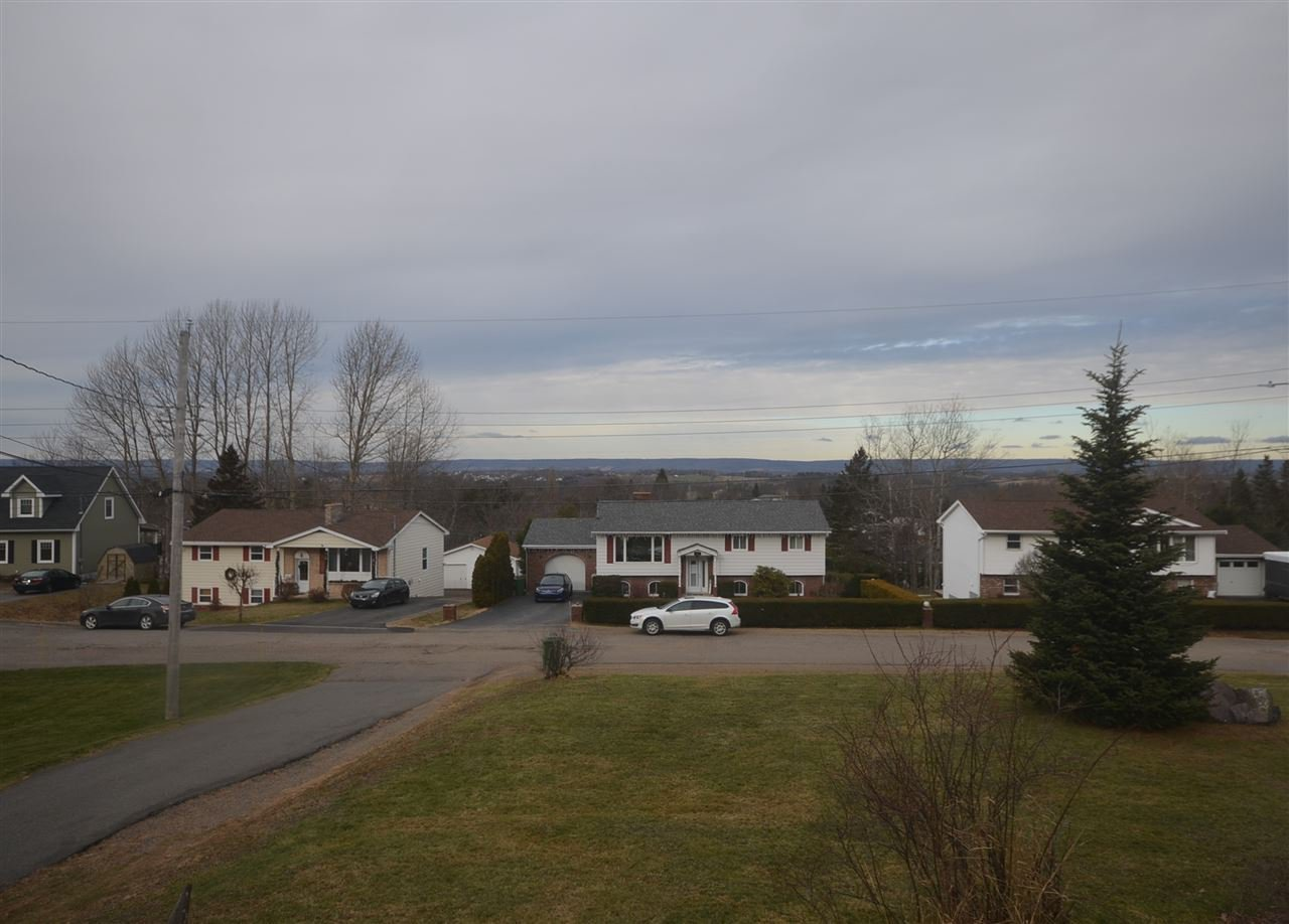 Photo 20: Photos: 49 Cloverleaf in New Minas: 404-Kings County Residential for sale (Annapolis Valley)  : MLS®# 201927554