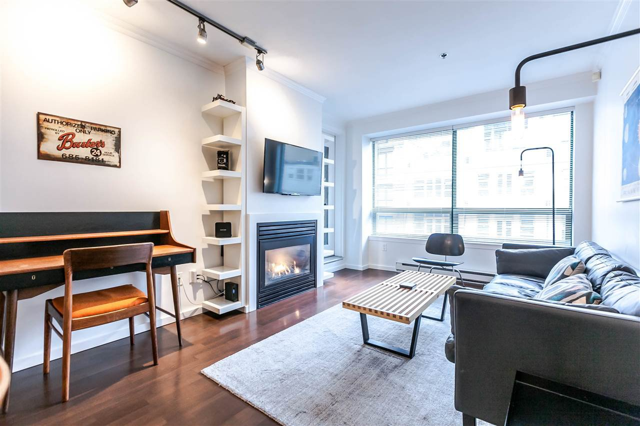 "Main Photo: 500 1226 HAMILTON Street in Vancouver: Yaletown Condo for sale in ""Greenwich Place"" (Vancouver West)  : MLS®# R2454174"