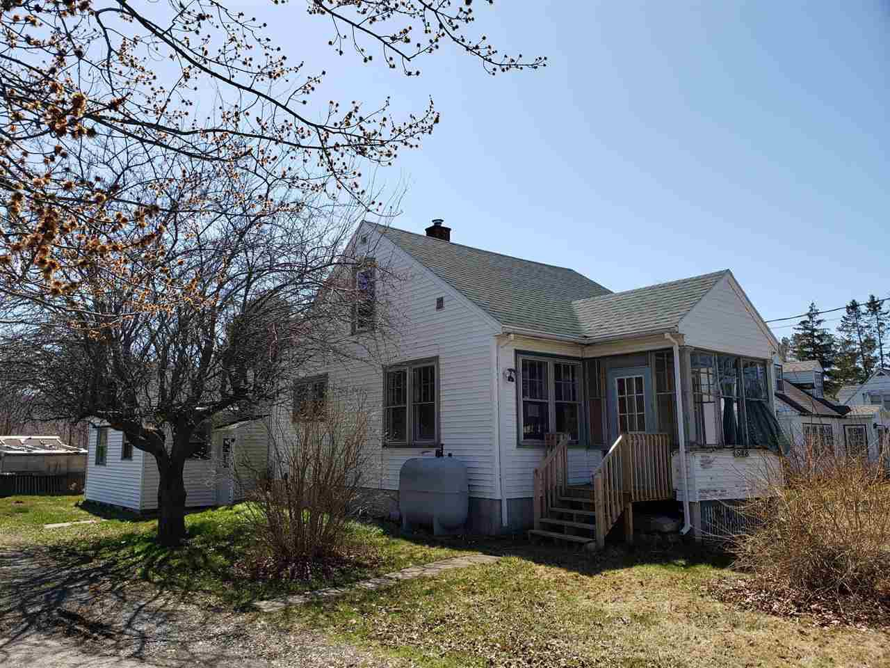 Main Photo: 548 Main Street in Lawrencetown: 404-Kings County Residential for sale (Annapolis Valley)  : MLS®# 202007470
