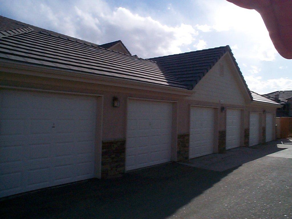 Photo 7: Photos: 22520 E. Ontario Drive - 204 in Aurora: Triplex for sale