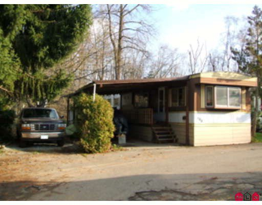 "Main Photo: 100 8190 KING GEORGE Highway in Surrey: Bear Creek Green Timbers Manufactured Home for sale in ""King George Trailer Park"" : MLS®# F2817121"