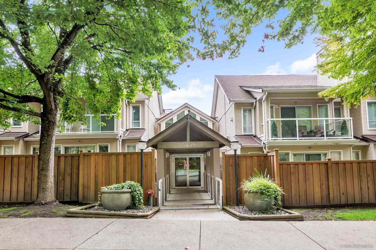 """Main Photo: 103 3400 SE MARINE Drive in Vancouver: Champlain Heights Condo for sale in """"TIFFANY RIDGE"""" (Vancouver East)  : MLS®# R2409100"""