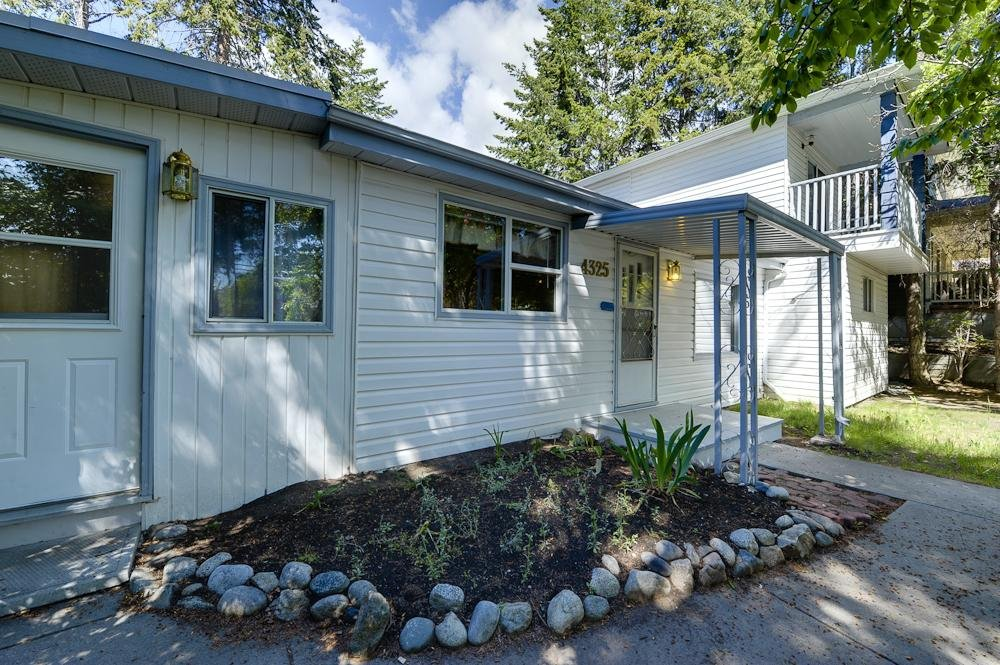 Main Photo: 4325 12th Street in Peachland: Other for sale : MLS®# 10009439