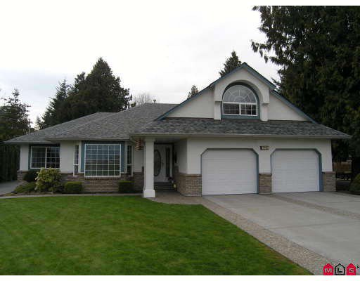 Main Photo: 10795 REEVES Road in Chilliwack: East Chilliwack House for sale : MLS®# H2802056