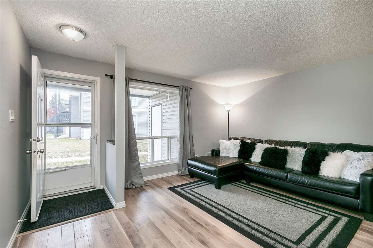 Main Photo: 50 1503 MILL WOODS Road E in Edmonton: Zone 29 Carriage for sale : MLS®# E4178843