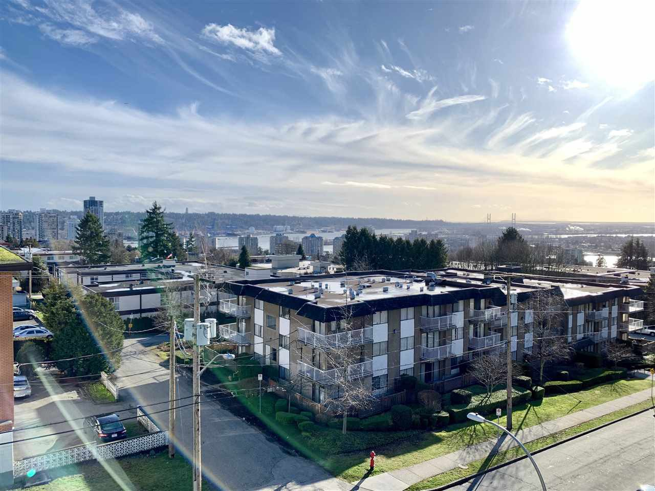 Main Photo: 412 809 FOURTH AVENUE in New Westminster: Uptown NW Condo for sale : MLS®# R2431971