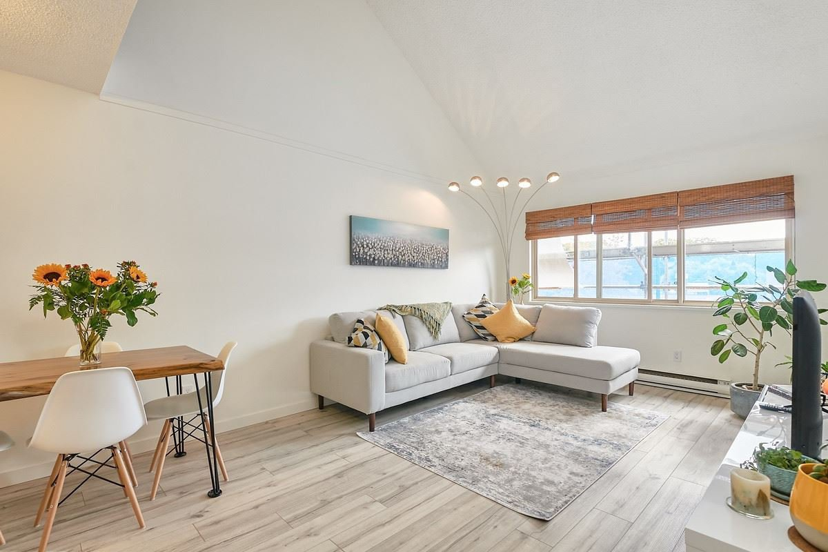 Main Photo: 209 3465 GLEN Drive in Vancouver: Fraser VE Condo for sale (Vancouver East)  : MLS®# R2503013