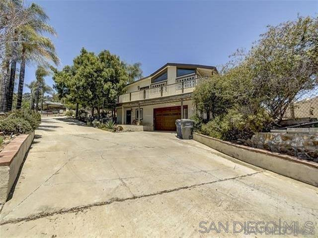 Main Photo: MOUNT HELIX Property for sale: 9200 Tropico Dr in La Mesa