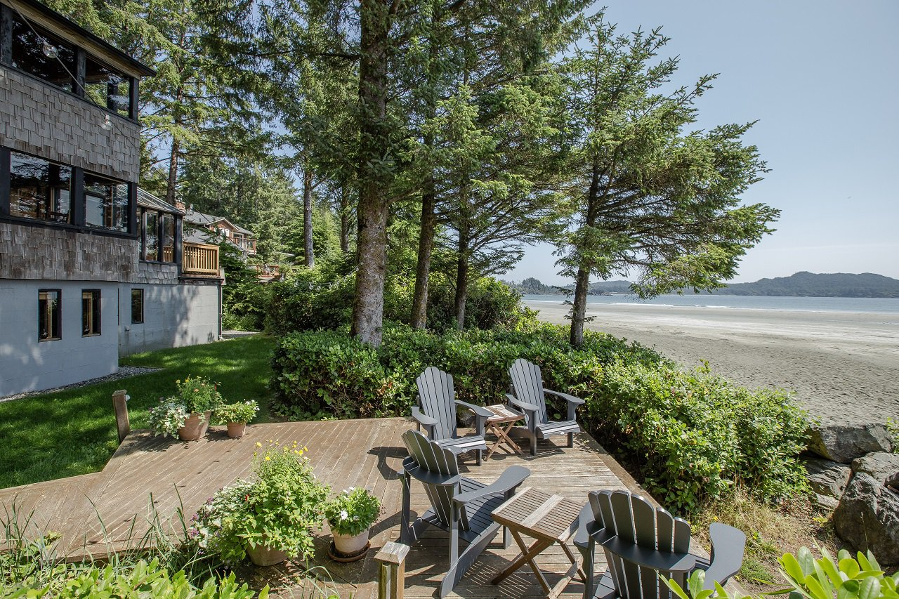 Main Photo: 1327 Chesterman Beach Rd in TOFINO: PA Tofino Single Family Detached for sale (Port Alberni)  : MLS®# 831156