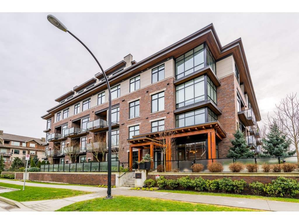 Main Photo: 303 260 SALTER Street in New Westminster: Queensborough Condo for sale : MLS®# R2433143
