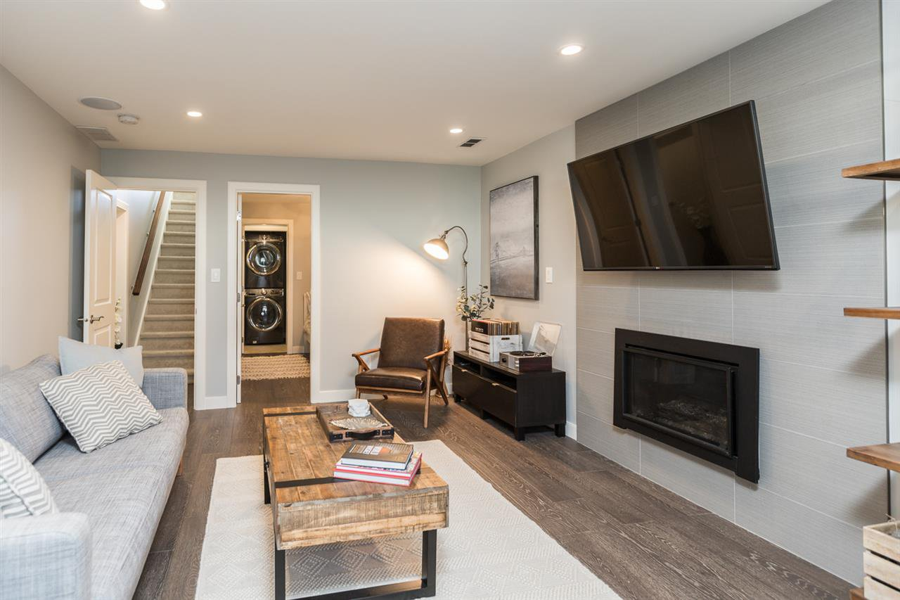 """Photo 17: Photos: 516 E 49TH Avenue in Vancouver: South Vancouver House for sale in """"FRASER"""" (Vancouver East)  : MLS®# R2461034"""