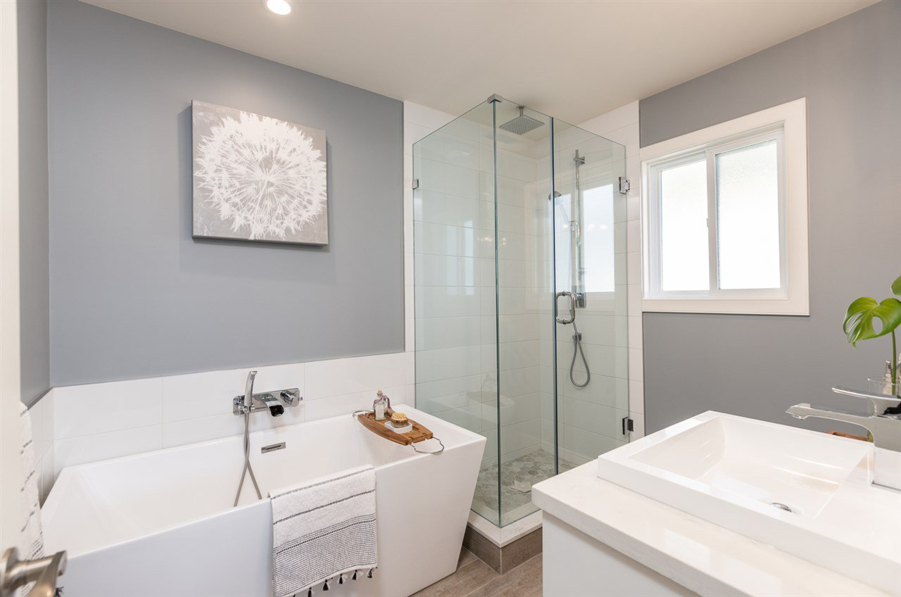 """Photo 14: Photos: 516 E 49TH Avenue in Vancouver: South Vancouver House for sale in """"FRASER"""" (Vancouver East)  : MLS®# R2461034"""