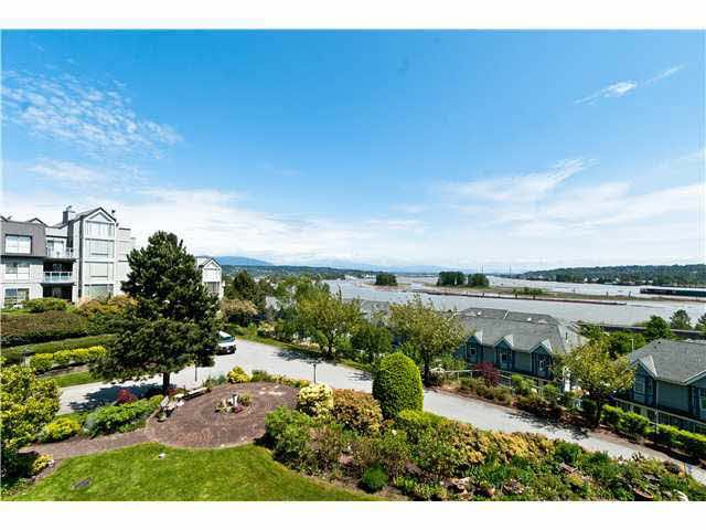 Main Photo: 301 60 RICHMOND STREET in : Fraserview NW Condo for sale (New Westminster)  : MLS®# V951138