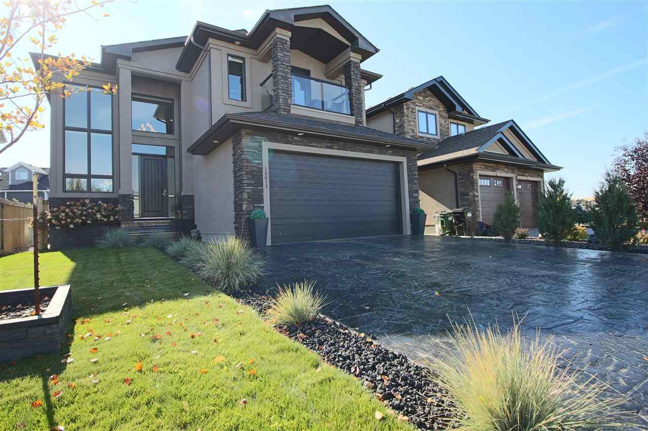 Main Photo: 10613 174A Avenue in Edmonton: Zone 27 House for sale : MLS®# E4183833