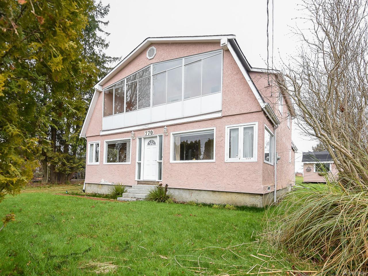 Main Photo: 770 Knight Rd in COMOX: CV Comox Peninsula House for sale (Comox Valley)  : MLS®# 833494