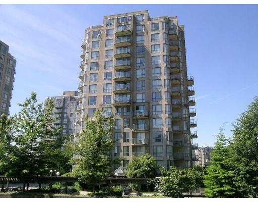 Main Photo: #1105 838 Agnes street in New Westminster: Downtown NW Condo