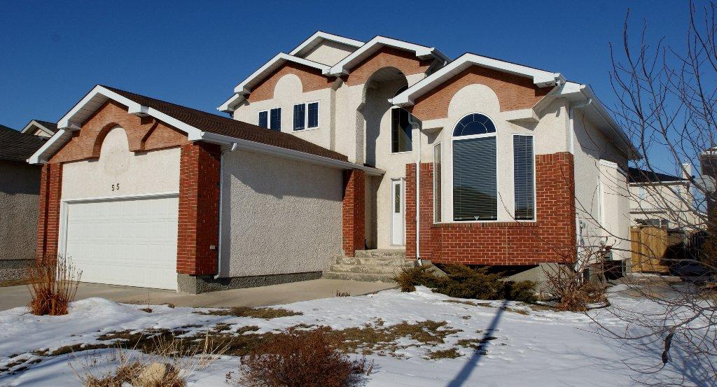Maintenance free exterior with stucco & brick