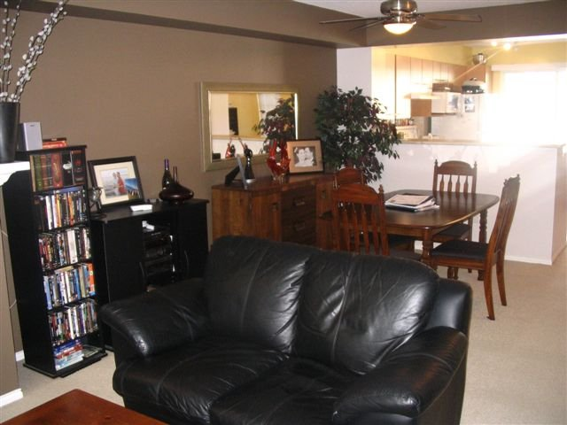 """Photo 5: Photos: #54 20560 66TH AV in Langley: Willoughby Heights Townhouse for sale in """"Amberleigh"""" : MLS®# F2615283"""