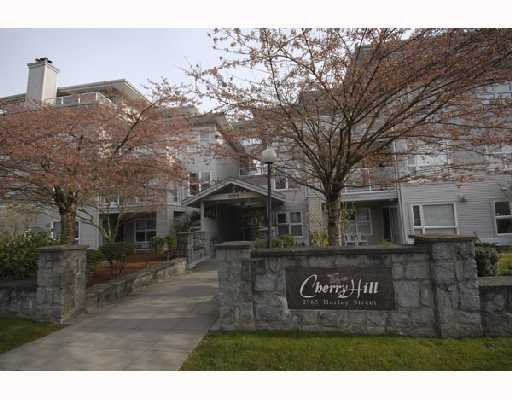"Main Photo: 302 2965 HORLEY Street in Vancouver: Collingwood VE Condo for sale in ""CHERRY HILL"" (Vancouver East)  : MLS®# V699854"