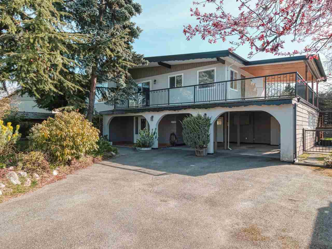 Main Photo: 1716 58 Street in Delta: Beach Grove House for sale (Tsawwassen)  : MLS®# R2445858