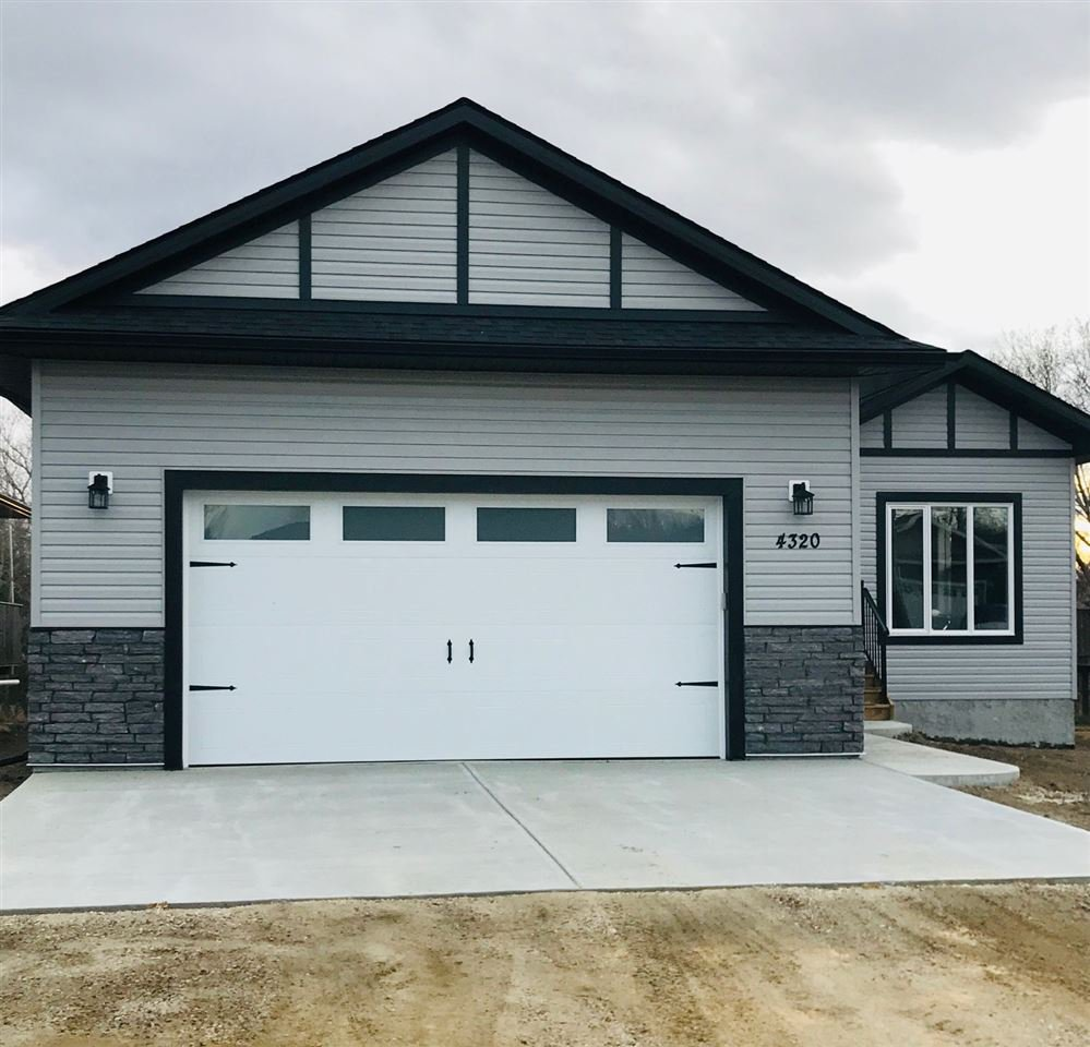 Main Photo: 4320 43 Avenue: Rural Lac Ste. Anne County House for sale : MLS®# E4198512