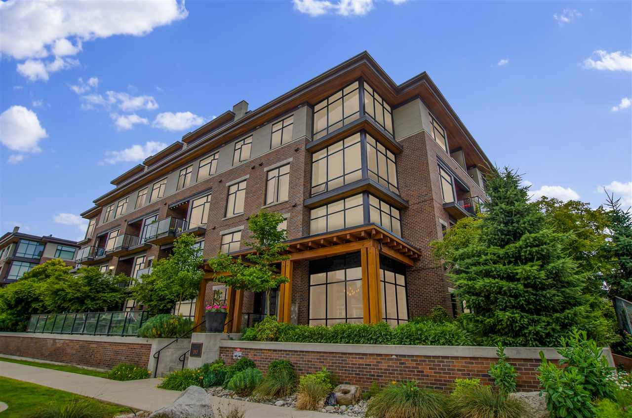Main Photo: 416 262 SALTER STREET in New Westminster: Queensborough Condo for sale : MLS®# R2470253