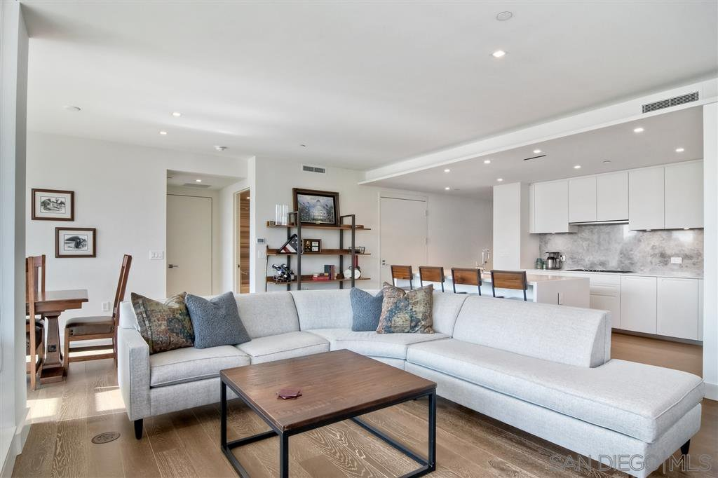 Main Photo: DOWNTOWN Condo for sale : 2 bedrooms : 2855 5th #303 in San Diego