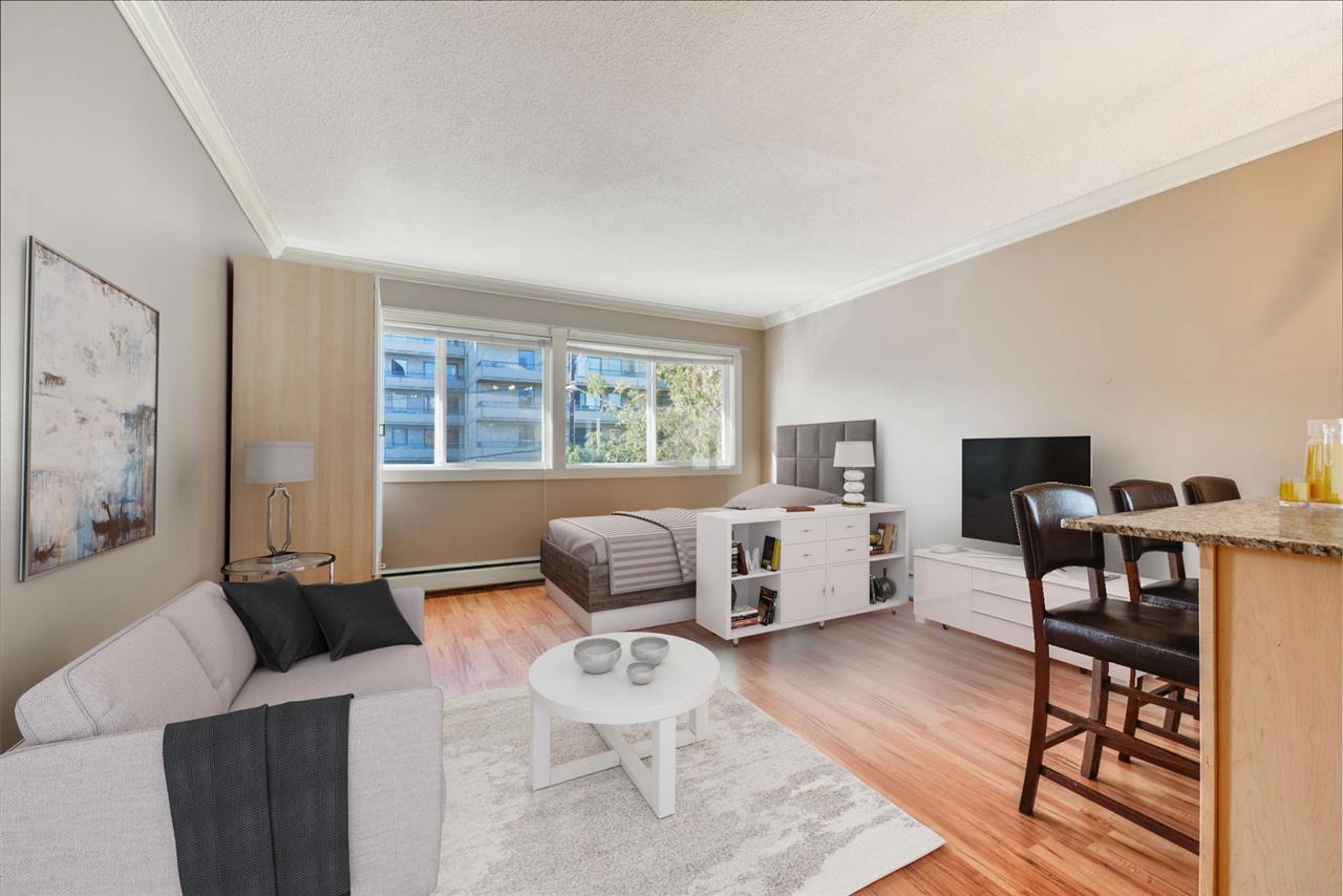 Main Photo: 8 10172 113 Street in Edmonton: Zone 12 Condo for sale : MLS®# E4218071