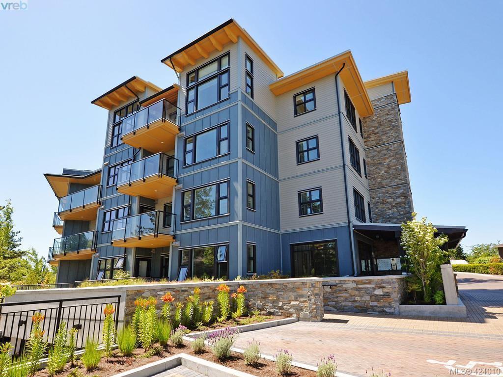 Main Photo: 210 3912 Carey Rd in VICTORIA: SW Tillicum Condo Apartment for sale (Saanich West)  : MLS®# 837405