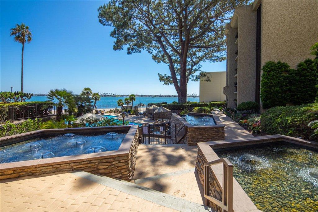 Main Photo: PACIFIC BEACH Condo for sale : 2 bedrooms : 3940 Gresham Street #213 in San Diego