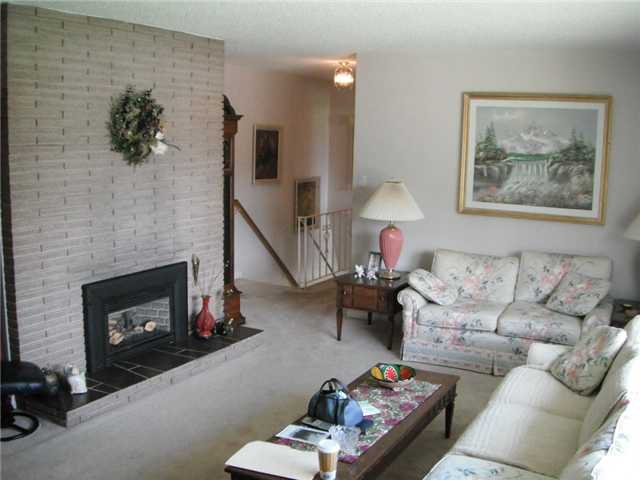 Photo 3: Photos: 2652 DERBYSHIRE WY in North Vancouver: Blueridge NV House for sale : MLS®# V887645