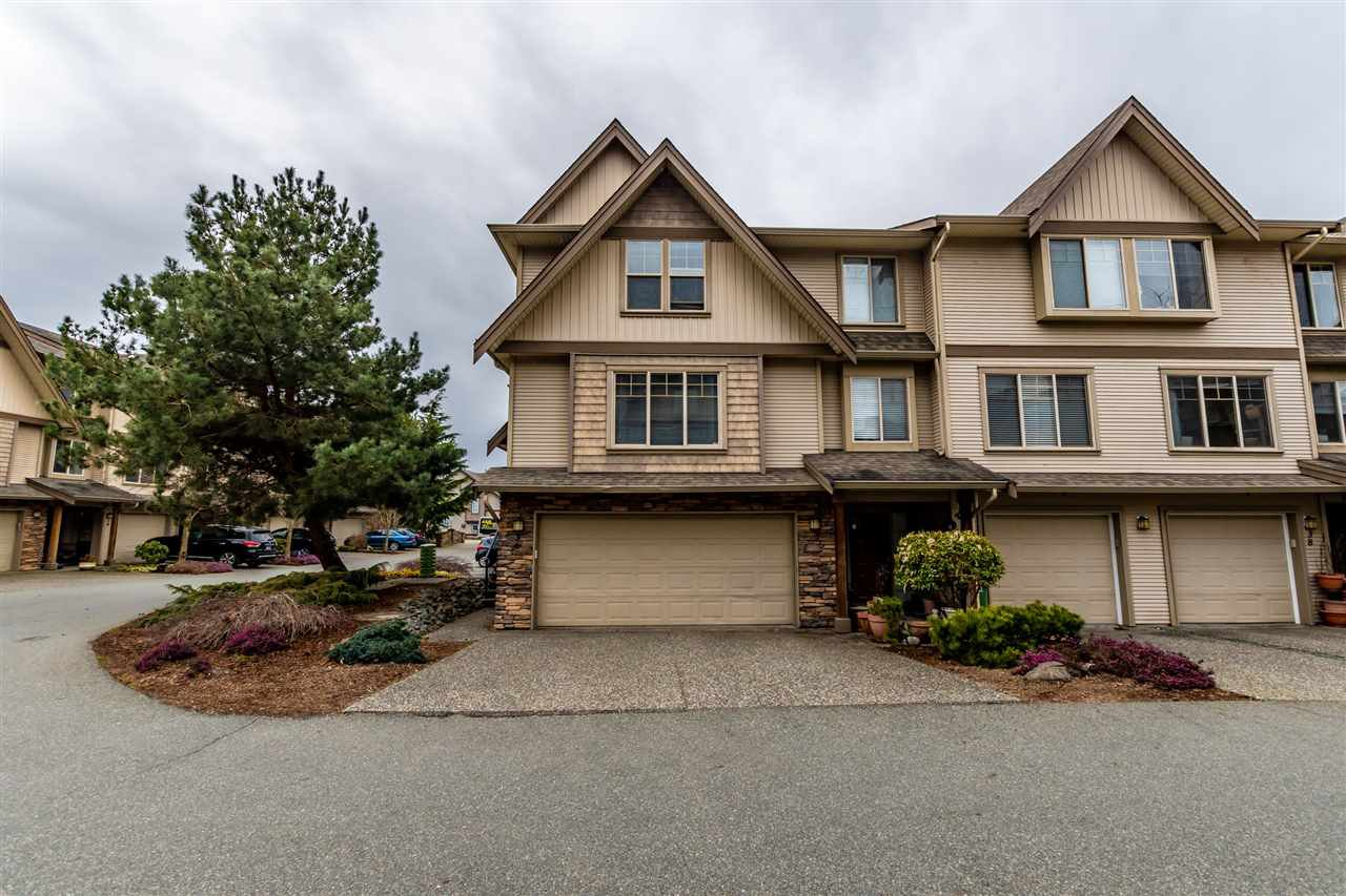 "Main Photo: 36 5556 PEACH Road in Chilliwack: Vedder S Watson-Promontory Townhouse for sale in ""The Gables at Rivers Bend"" (Sardis)  : MLS®# R2447877"