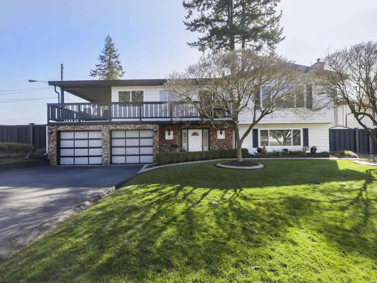 "Main Photo: 7510 MALTON Drive in Delta: Nordel House for sale in ""ROYAL YORK"" (N. Delta)  : MLS®# R2448645"