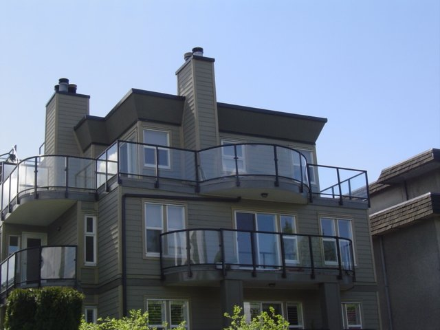 Main Photo: 2 1966 York in Vancouver: Kitsilano Townhouse for sale (Vancouver West)  : MLS®# V639328