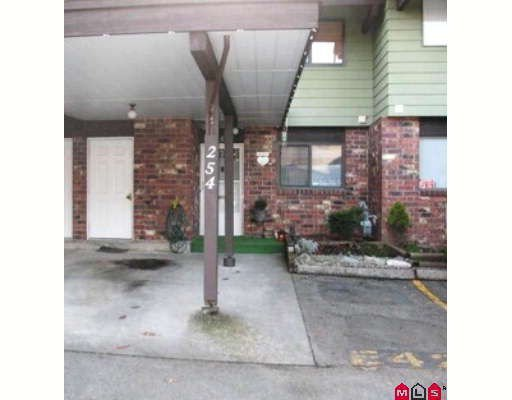 """Main Photo: 254 7495 140TH Street in Surrey: East Newton Townhouse for sale in """"Glencoe Estates"""" : MLS®# F2806069"""