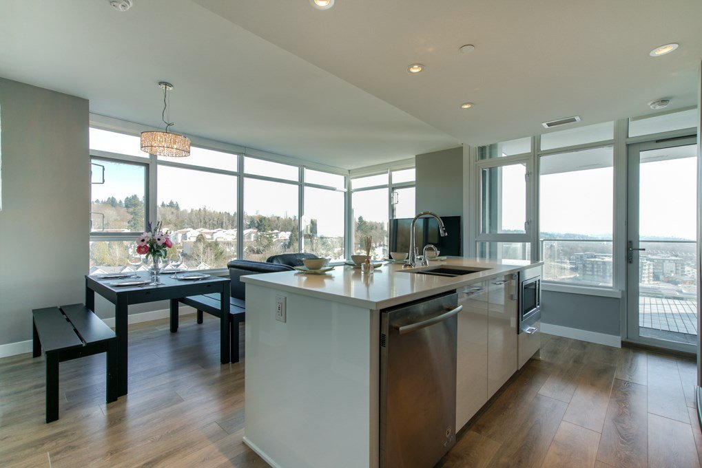 Main Photo: 1802 8538 RIVER DISTRICT Crossing in Vancouver: South Marine Condo for sale (Vancouver East)  : MLS®# R2402845