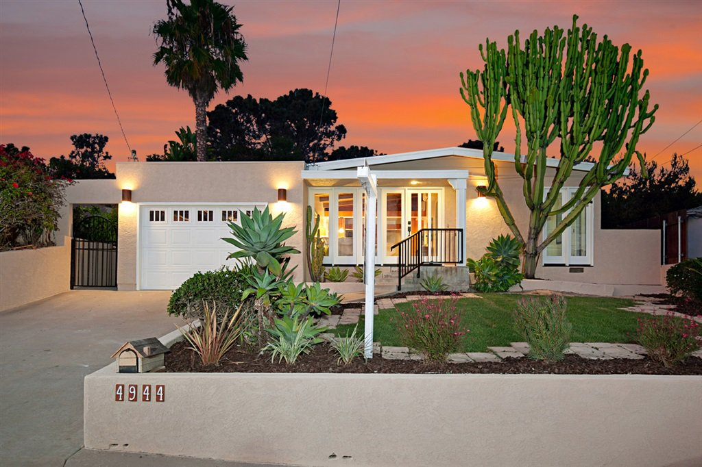 Main Photo: BAY PARK House for sale : 4 bedrooms : 4944 Lillian Street in San Diego