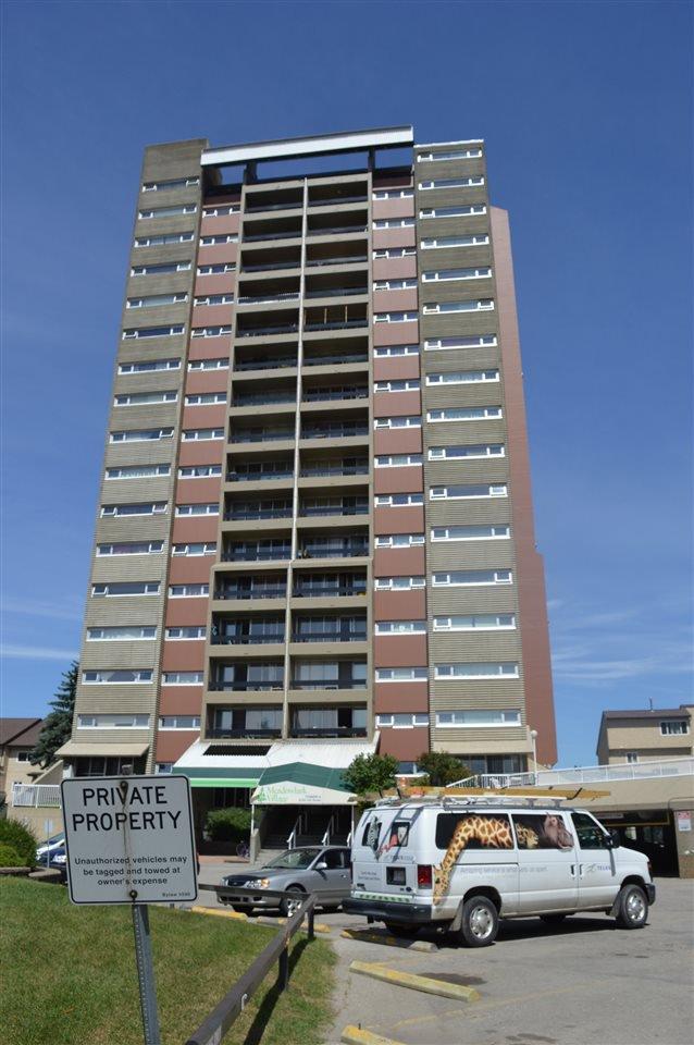 Main Photo: 140 8735 165 Street in Edmonton: Zone 22 Condo for sale : MLS®# E4202442