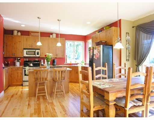 """Photo 4: Photos: 1345 CHASTER Road in Gibsons: Gibsons & Area House for sale in """"CHASTER PLACE"""" (Sunshine Coast)  : MLS®# V658536"""