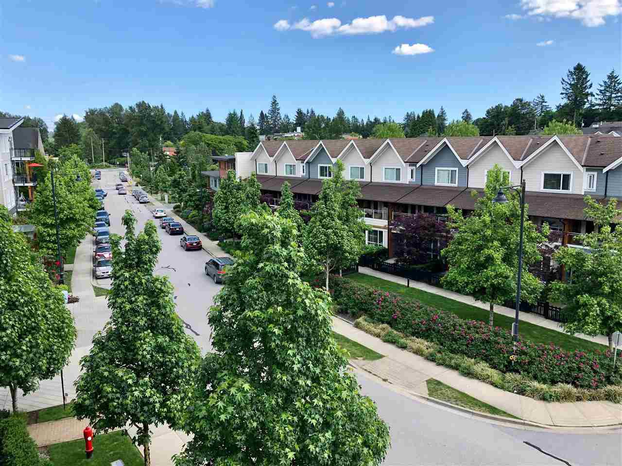 """Photo 3: Photos: 408 23215 BILLY BROWN Road in Langley: Fort Langley Condo for sale in """"WATERFRONT AT BEDFORD LANDING"""" : MLS®# R2390619"""